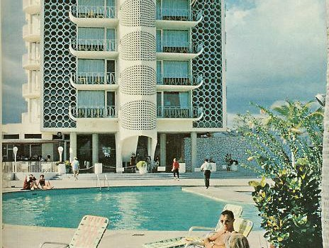 Poolside glamour at the El Ponce InterContinental hotel in Puerto Rico.