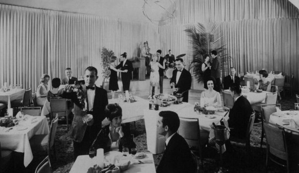 The Salon Ponciana at the El Ponce InterContinental hotel was a hip spot for dining, drinking and dancing.