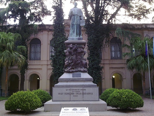 Statue of friar Fernando Trejo and Sanabria, inside the Jesuit Block in Córdoba, Argentina. Photo: Alakasam
