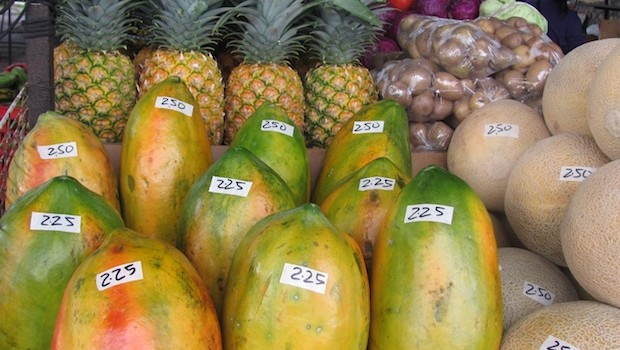 Tasty fruits at the market in El Valle de Antón, Panama. Photo: Hal Peat