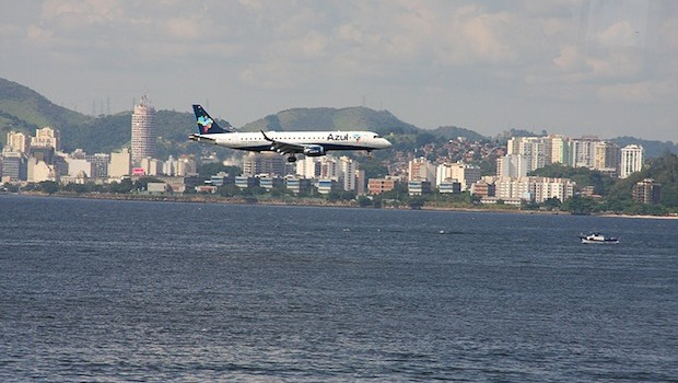 Azul Linhas Aereas (Azul Airlines) Embraer about to land at Santos Dumont airport in Rio.