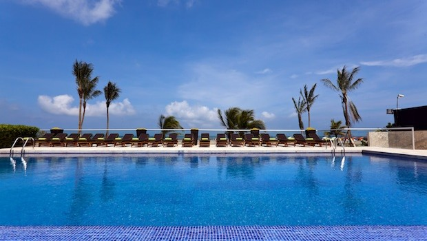 The beachfront pool at the Holiday Inn Cartagena Morros hotel in Colombia.