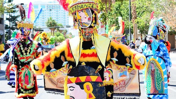 Comparsa De Chinelos Tierra y Libertad dancers  at the Mexican Independence Day Fiesta Parade. Photo: Las Vegas News Bureau