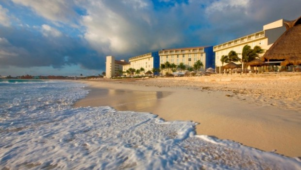 The Westin Resort & Spa, Cancun, is set on two lovely Mexico beaches.
