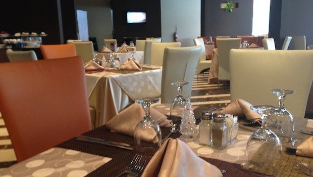 Mola's restaurant, at El Panama hotel, serves a delicious buffet lunch.