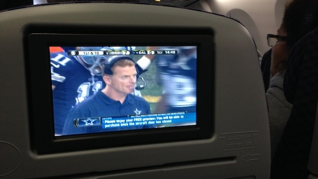 Seatback inflight entertainment screens on United Airlines Boeing 737.