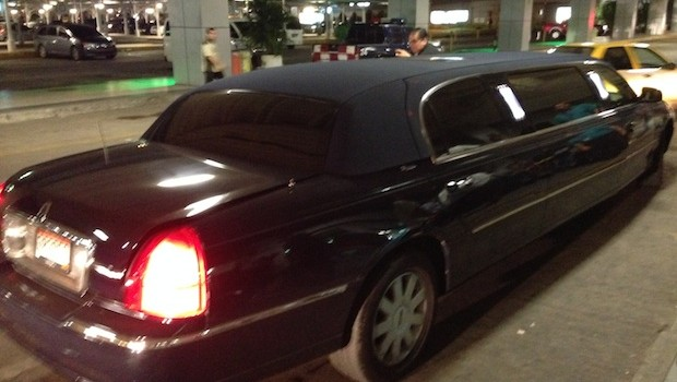 The Veneto Wyndham Grand offers stretch limo airport transfers.