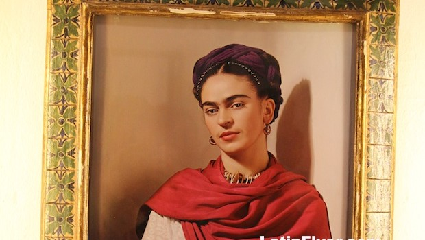 """Frida with Magenta Muffle,"" a 1939 photo of Frida Kahlo by Nickolas Muray"