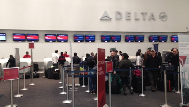 Delta Air Lines check-in counter at Mexico City airport.