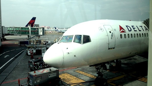 Delta Air Lines Boeing 757-200 at Mexico City airport.
