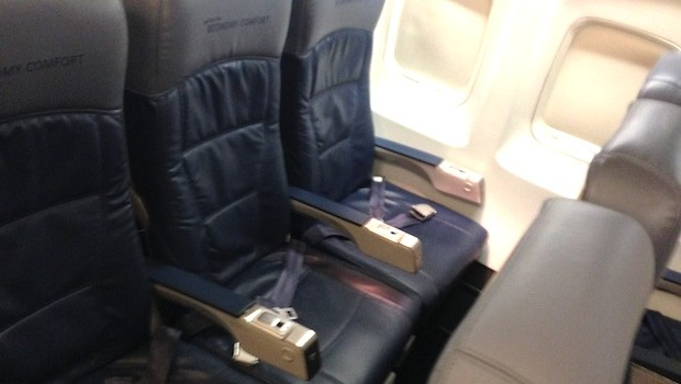 Economy Comfort airline seating on Delta Air Lines Boeing 757-200.