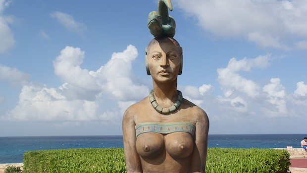 A statue of the Mayan goddess Ixchel at Punta Sur, Isla Mujeres.