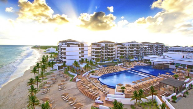 Grand Residences Riviera Cancun offers a Mexico beach vacation package.