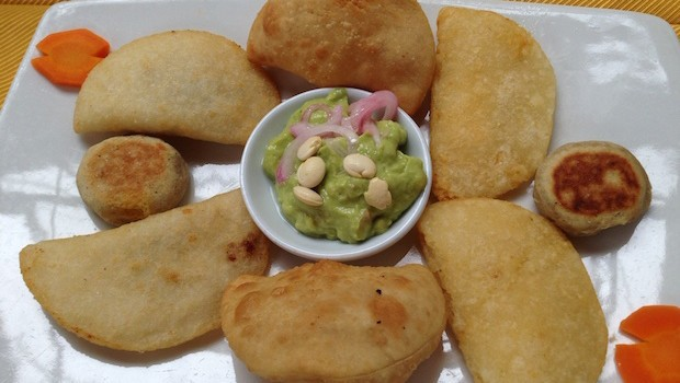 Empanadas: Ecuadorean food at Hasta La Vuelta Señor restaurant in Quito