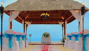 Occidental Grand Cozumel in Mexico offers wedding upgrades.