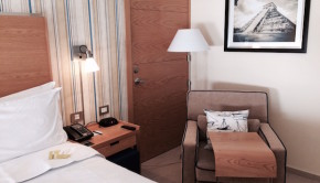 Guest room at the Four Points by Sheraton Cancun Centro hotel.