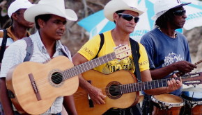 Guitar musicians in Cuba. Photo: Just 90 Miles