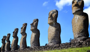 Is la de Pascua - Easter Island, Chile. Photo: Jantoniov