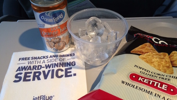Airline food: Free snacks and drinks on JetBlue.