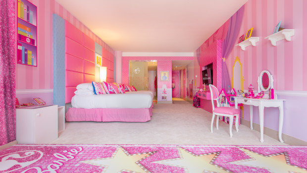 The Barbie Room at Hilton Panama features 2 beds — and lots of pink.