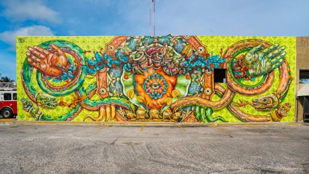 Mural street art by Mexican artist Gonzalo Areuz in Cancun.