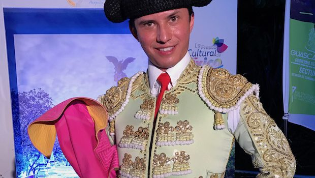 A bullfighter performer (with no bull) at the Tianguis event.