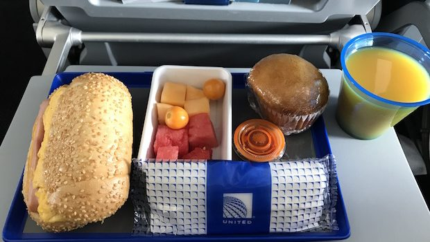 Free airline food! United Airlines served a pretty good airline meal on this flight.