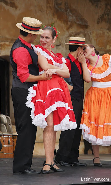 video  lively show in san juan highlights 5 types of